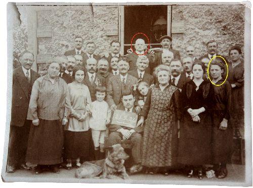 Photo de famille : Edmond (entouré en rouge)
